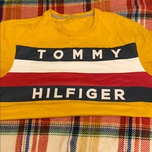 Tommy Hilfiger tee